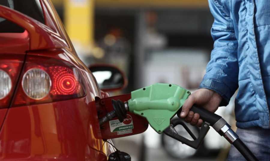 انفراجٌ متوقّع في أزمة البنزين بدءاً من الثلاثاء